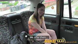 FakeTaxi London tourist sucks and fucks like a Pro
