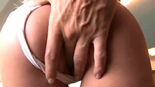 Fantastic blowjob by beautiful Bea Stiel on closeup POV vid