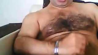 Very sexy turkish bear wanking hard